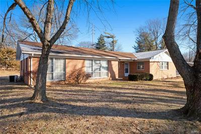 13 PRIMROSE LN, Fairview Heights, IL 62208 - Photo 2
