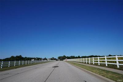 1208 YEATS CT, O'Fallon, IL 62269 - Photo 2