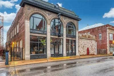 4515 OLIVE ST, St Louis, MO 63108 - Photo 1