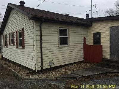 1424 SANDALWOOD DR, BELLEVILLE, IL 62220 - Photo 2