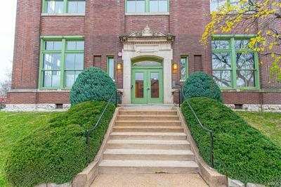 4242 LACLEDE AVE APT 210, St Louis, MO 63108 - Photo 1
