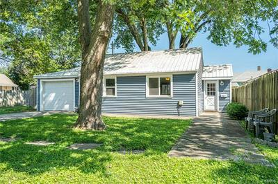 115 E WATER ST, Litchfield, IL 62056 - Photo 2