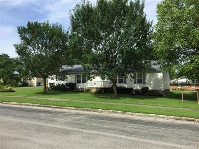 205 S 2ND ST, Percy, IL 62272 - Photo 2