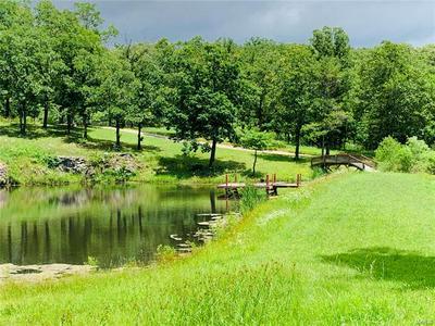 291 MERAMEC VALLEY DR, St Clair, MO 63077 - Photo 2