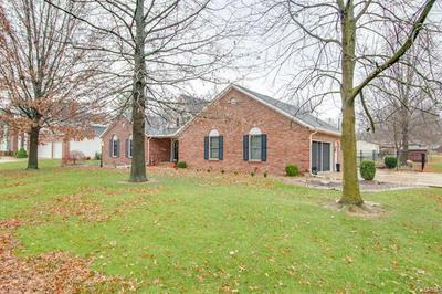 24 SUGARBEND DR, Jerseyville, IL 62052 - Photo 2