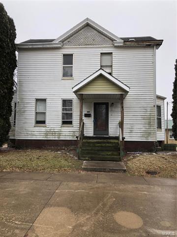 306 W PRAIRIE ST, JERSEYVILLE, IL 62052 - Photo 1