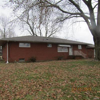 1405 N DU QUOIN ST, Benton, IL 62812 - Photo 2