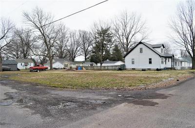 616 S JACKSON ST, MILLSTADT, IL 62260 - Photo 2