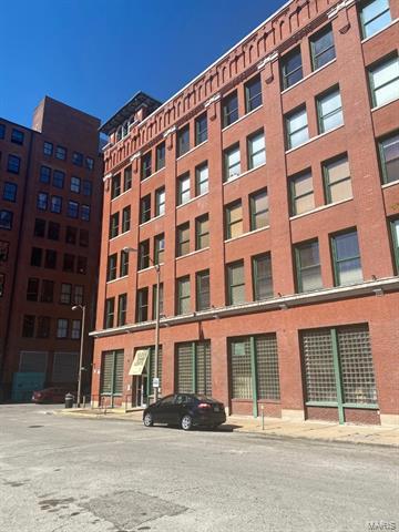703 N 13TH ST UNIT 303, St Louis, MO 63103 - Photo 1