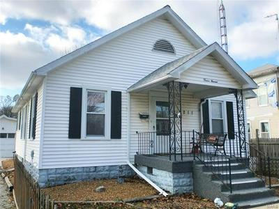1211 N MONROE ST, LITCHFIELD, IL 62056 - Photo 1