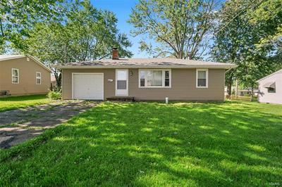 808 PARR ST, Wentzville, MO 63385 - Photo 1
