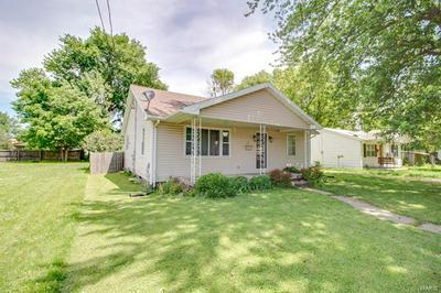 905 W SPRUCE ST, Jerseyville, IL 62052 - Photo 2