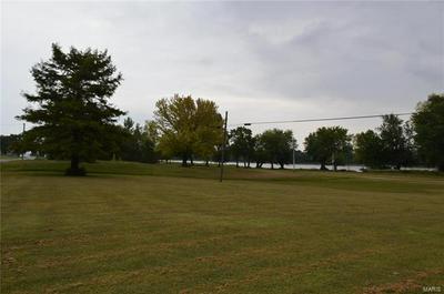 571 N BROADWAY, Kampsville, IL 62053 - Photo 1