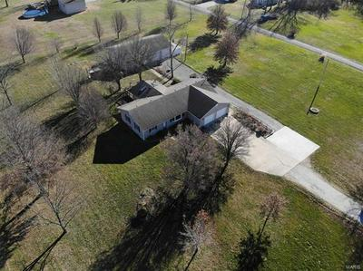 4315 FOSTERBURG RD, Alton, IL 62002 - Photo 2