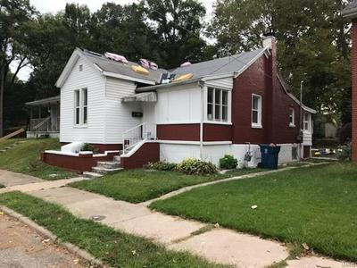 1225 E 7TH ST, Alton, IL 62002 - Photo 2