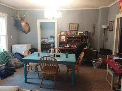 412 E REED ST, Benton, IL 62812 - Photo 2