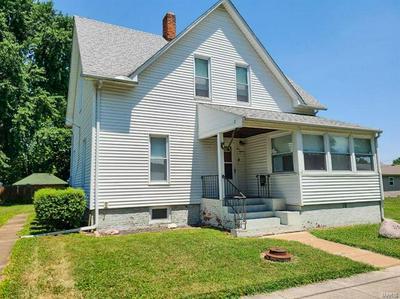 215 W FERDON ST, Litchfield, IL 62056 - Photo 1