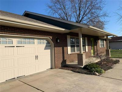 317 KIM DR, Fairview Heights, IL 62208 - Photo 2