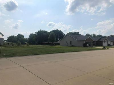 1205 E CEDAR ST, New Baden, IL 62265 - Photo 2