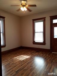 414 W 2ND SOUTH ST, CARLINVILLE, IL 62626 - Photo 2