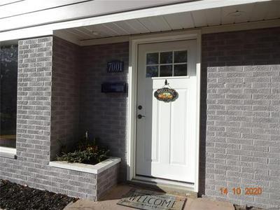 7001 YORKER DR, Belleville, IL 62223 - Photo 2