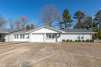 615 E HIGHWAY ST, Doniphan, MO 63935 - Photo 2