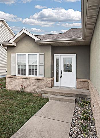 145 FIELD CROSSING DR # A, Highland, IL 62249 - Photo 2