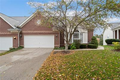 330 SHETLAND VALLEY CT, Chesterfield, MO 63005 - Photo 1