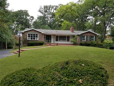8808 PARAGON CIR, St Louis, MO 63123 - Photo 1