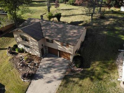 419 BUNKER HILL DR, Collinsville, IL 62234 - Photo 2
