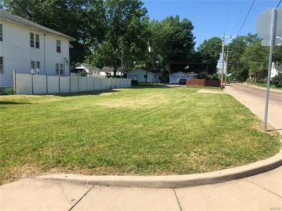 600 WABASH AVE, Belleville, IL 62220 - Photo 1
