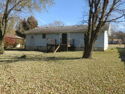 927 N HICKORY ST, BUFFALO, MO 65622 - Photo 2