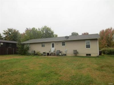 104 DEL ORO DR, St Peters, MO 63376 - Photo 2