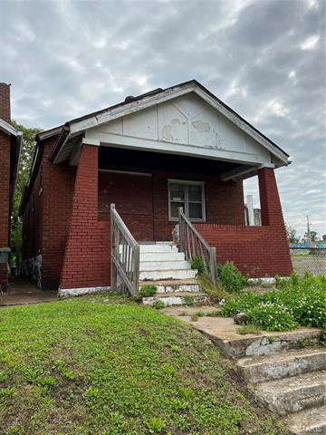 5961 WELLS AVE, St Louis, MO 63112 - Photo 1