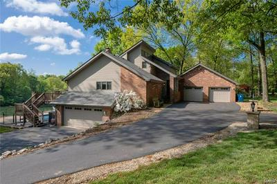 1519 LAKETOP DR, Fairview Heights, IL 62208 - Photo 1