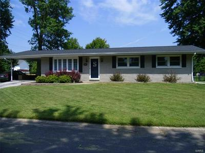 605 FAIRWAY ST, Bethalto, IL 62010 - Photo 1