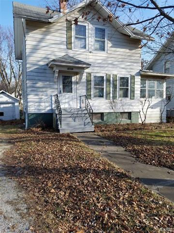1021 N CHARLES ST, Carlinville, IL 62626 - Photo 1