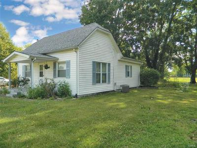608 S CENTRAL ST, Coffeen, IL 62017 - Photo 2