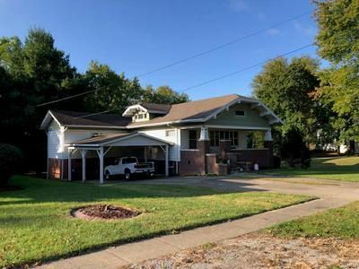 420 E 5TH ST, Ramsey, IL 62080 - Photo 2