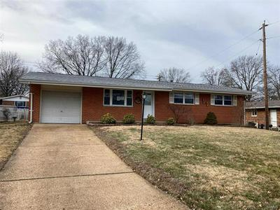2815 CLAYPOOL DR, St Louis, MO 63125 - Photo 1