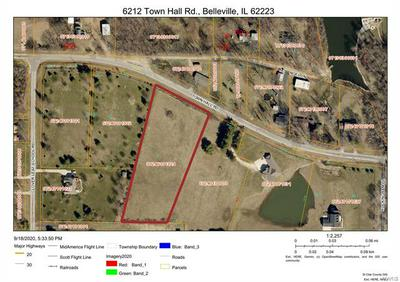 6212 TOWN HALL RD, Belleville, IL 62223 - Photo 1