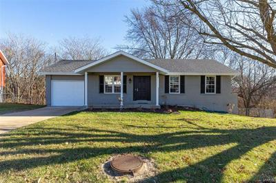 5424 CRESTSIDE LN, St Louis, MO 63128 - Photo 2