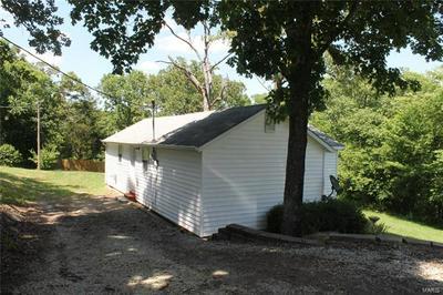 2767 GRAVOIS RD, St Clair, MO 63077 - Photo 2