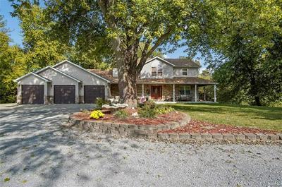 711 GRAHAM LN, Collinsville, IL 62234 - Photo 2