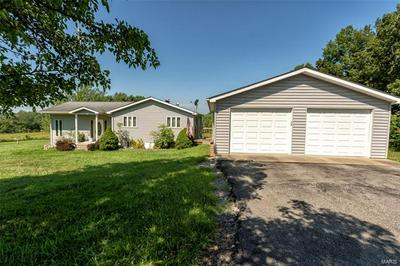 671 STATE ROUTE 166, CREAL SPRINGS, IL 62922 - Photo 2