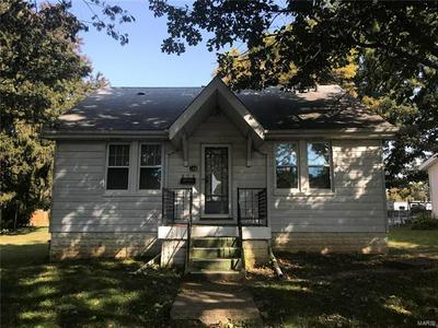 133 N 30TH ST, Belleville, IL 62226 - Photo 1