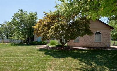 1355 CONWAY OAKS DR, Chesterfield, MO 63017 - Photo 2
