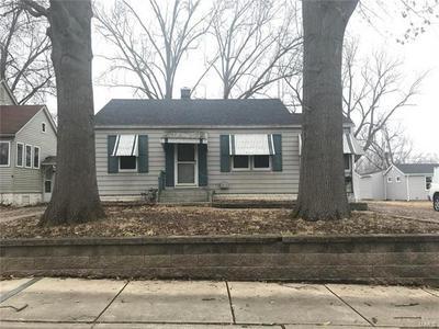 515 S 17TH ST, Belleville, IL 62226 - Photo 1