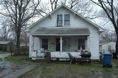 509 N 8TH ST, BENTON, IL 62812 - Photo 1