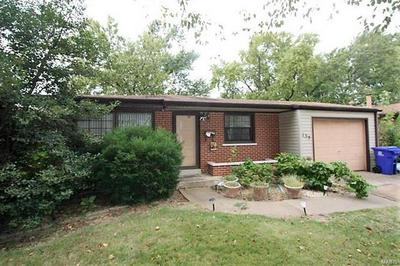 135 SAINT BENEDICT LN, Florissant, MO 63033 - Photo 2